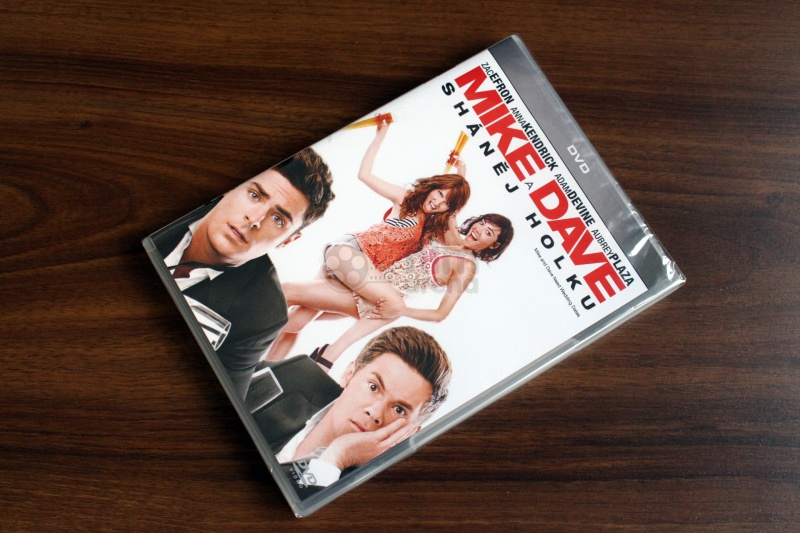 acf9f4741 Mike and Dave Need Wedding Dates (DVD)